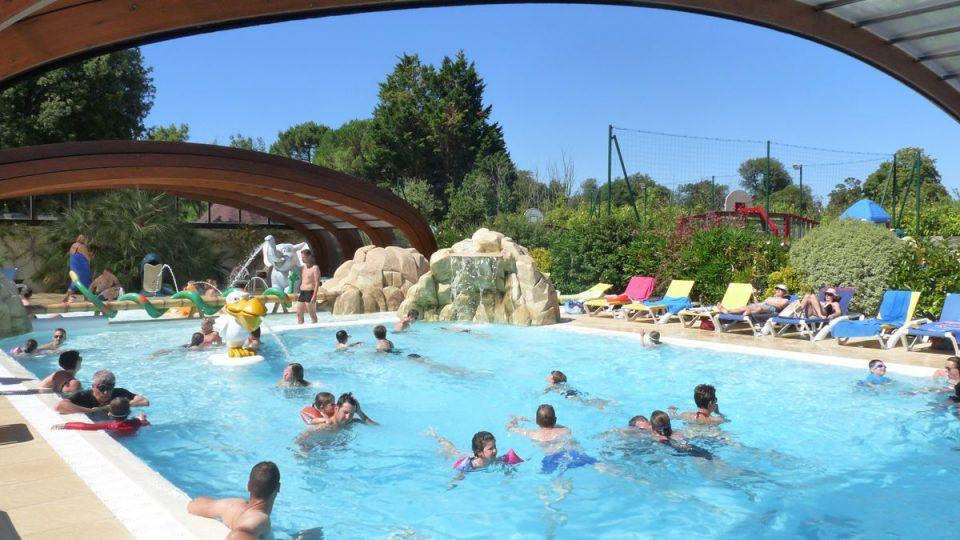 Camping ile de ré avec piscine couverte